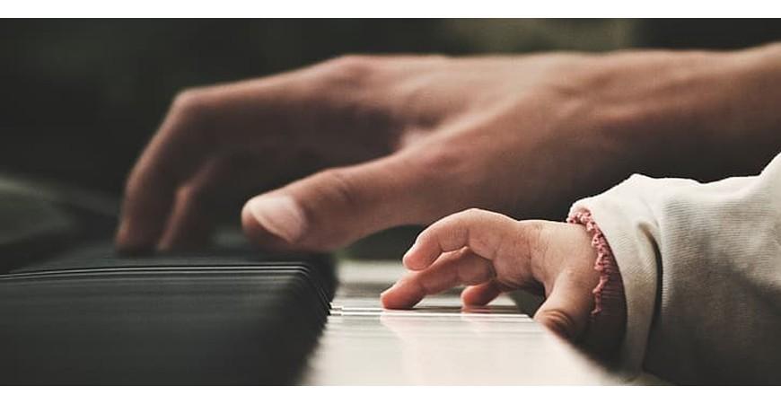 ¿Por qué resulta difícil aprender a tocar el piano?